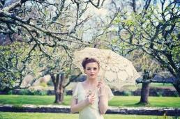 wedding photographer in Cornwall vintage bride