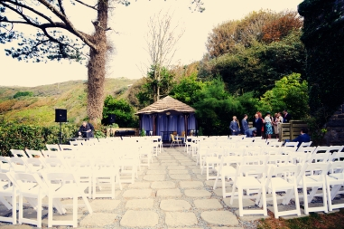 Cornish wedding at Polhawn Fort - Sasha and James