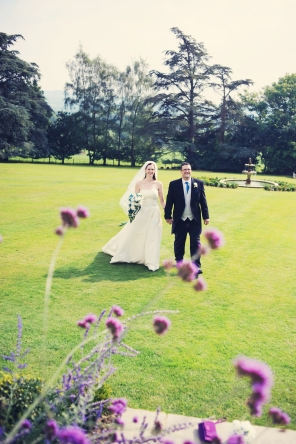 Liberty Pearl natural wedding photographer Devon Deer Park Hotel 9