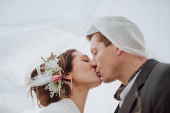 boho-cornwall-renewal-of-vows-liberty-pearl-photography-wedding-elopement_0125