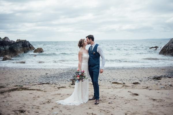 Polhawn Fort outdoor ceremony Cornwall wedding photographer beach wedding